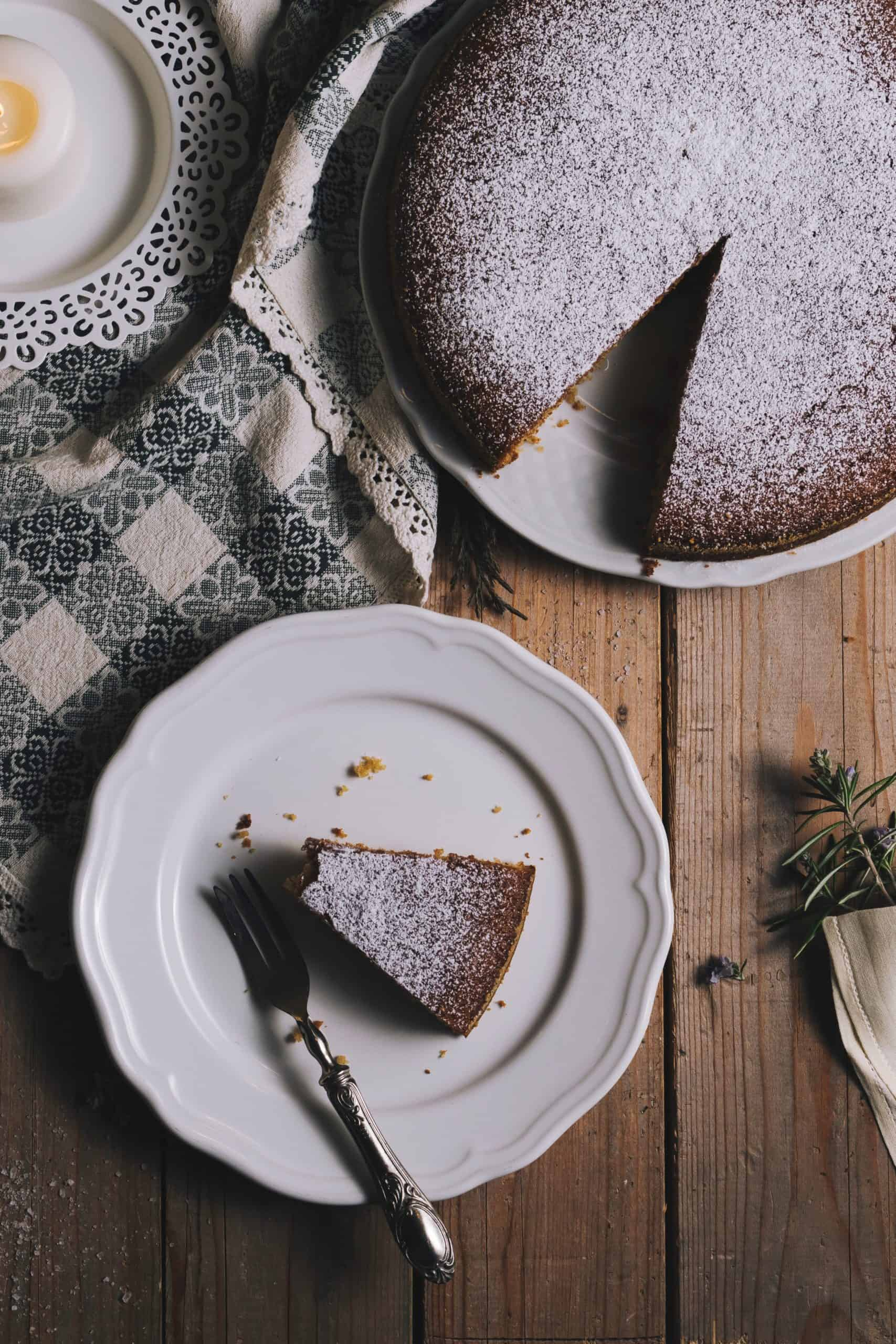 Chocolate Cake Decorating Ideas: Simple And Easy Ones